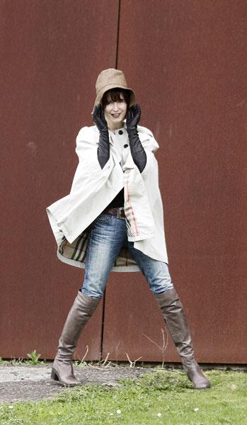 Regencape von burberry cape fashion de mobolo14 flickr - Tavolo 19 streaming ita ...